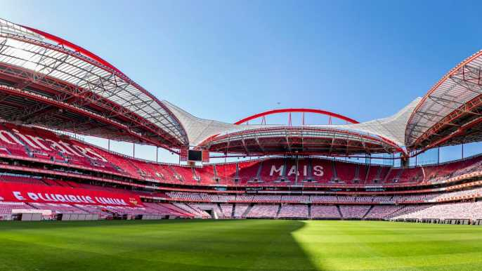 Lisbon: Luz Stadium Tour and SL Benfica Museum Ticket