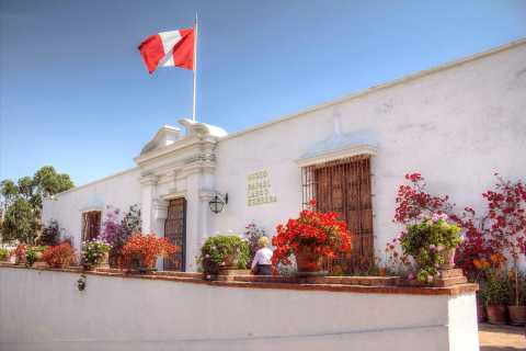 Lima: Half-Day Colonial Lima and Larco Museum Tour