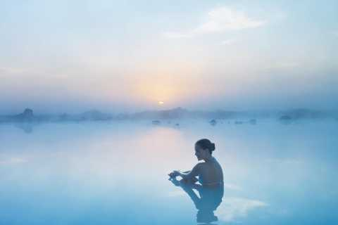 Blue Lagoon: Entrance Package incl. Towel and Drink