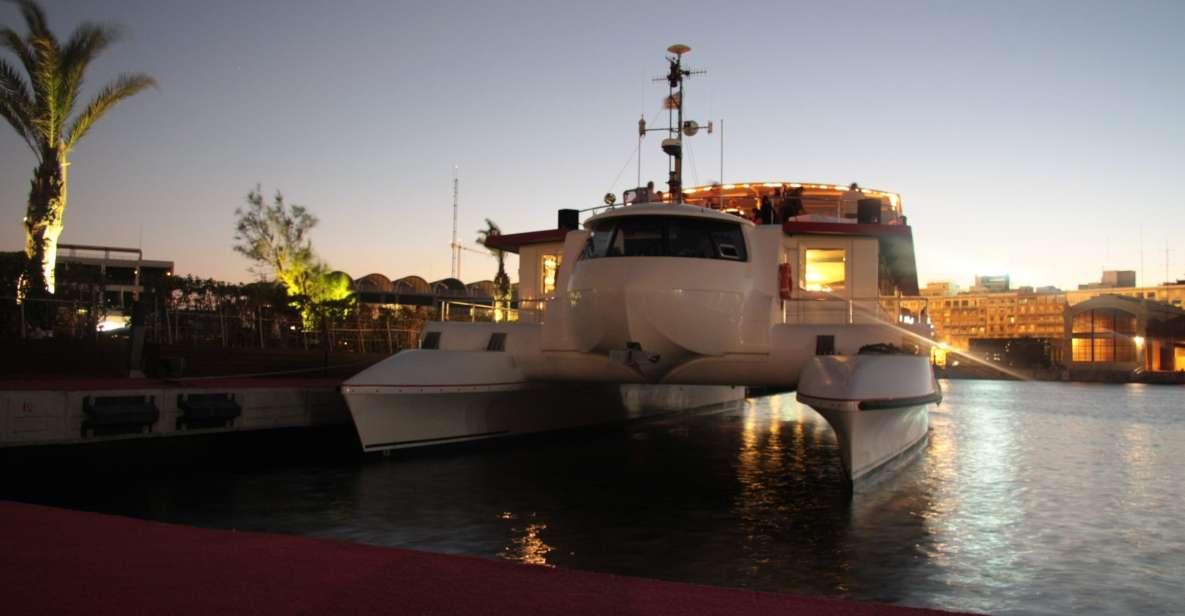 Valencia: Sunset boat ride