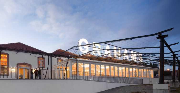 Porto: Graham's Port Lodge Guided Tour and Wine Tasting