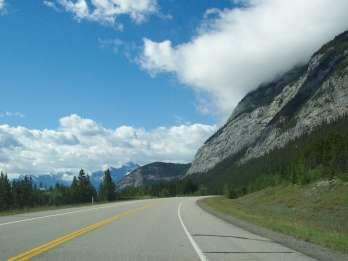 Zwischen Calgary und Lake Louise: GPS-gesteuerte Audio-Fahrt