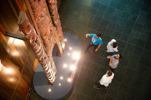 Museum of New Zealand Te Papa Tongarewa: Mana Māori Tour