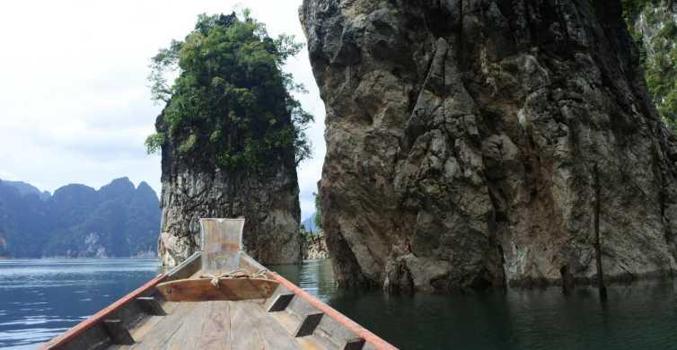 Khao Sok: Private Hike with Cheow Lan Lake Cruise