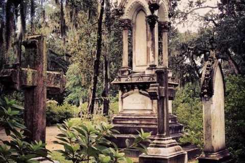 Savannah: Victorian Cemeteries Van Tour