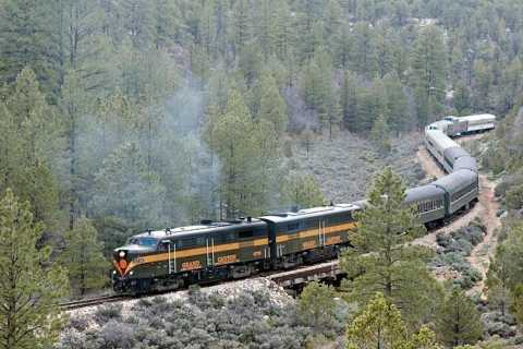 From Flagstaff: Grand Canyon Railroad Full-Day Tour
