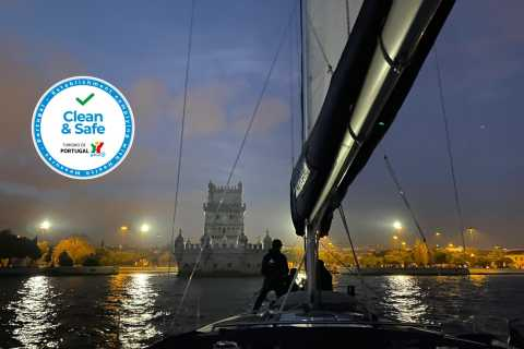 Lisbon: Sailing Tour by Night