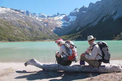 Ab Ushuaia: Wanderung zur Smaragd-Lagune & Mittagessen
