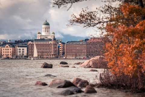Helsinki: Small-Group Walking Tour with City Planner Guide