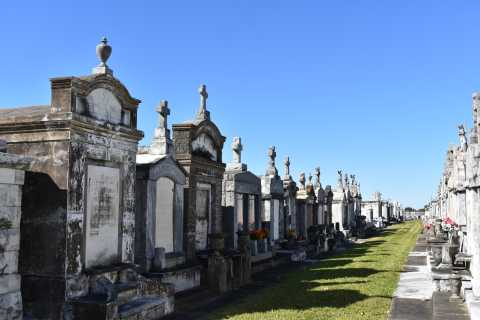 New Orleans: Canal Street Cemeteries Walking Tour