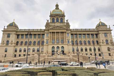Prag: Altstadt-Tour & Nationalmuseum ohne Anstehen
