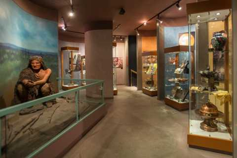 Quebec: Cuivres d'Art Albert Gilles Museum Entry & Workshop