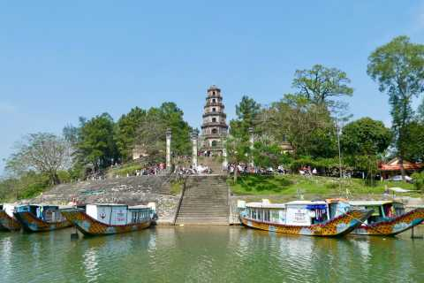 Hue: Royal Tombs and Thien Mu Pagoda Private Guided Tour