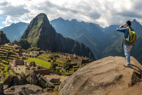 From Cusco: Train Ride and Guided Tour of Machu Picchu