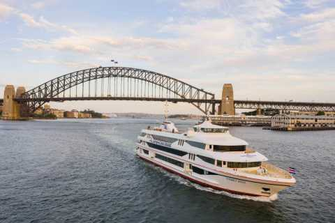Sydney: 90-Minute Harbor Cruise with Live Music & Tapas Menu
