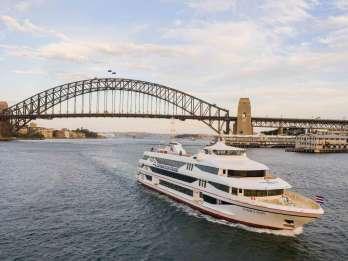 Sydney: 90-minütige Hafenrundfahrt mit Live-Musik und Tapas-Menü