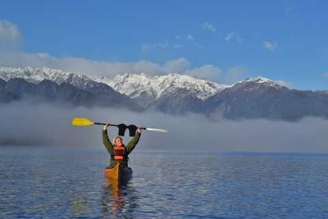 Franz Josef: 3-Hour Kayak Tour on Lake Mapourika