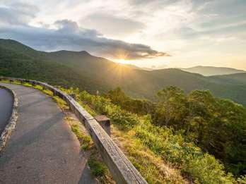 Asheville: Geführte Wanderung zu den Wasserfällen und dem Blue Ridge Parkway