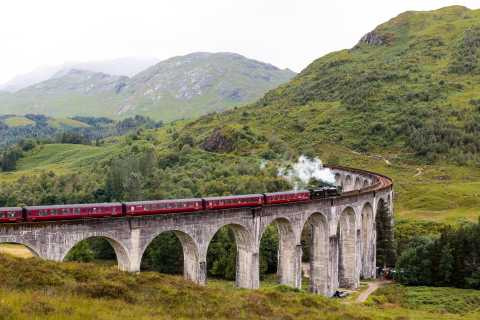 From Edinburgh: Hogwarts Express and Scottish Highlands Tour
