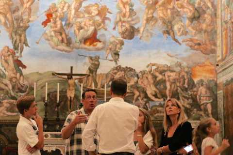 Sistine Chapel and Vatican Museums Highlights Tour