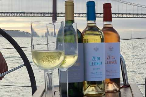 Private Wine and Cheese Tasting Boat Tour in Lisbon