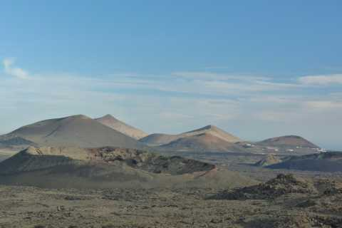 Lanzarote: 4-Hour Volcano Hike with Transfers