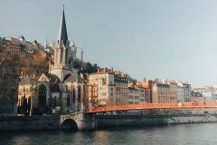 Lyon: jogo de fuga autoguiado da segunda guerra mundial na cidade velha via aplicativo