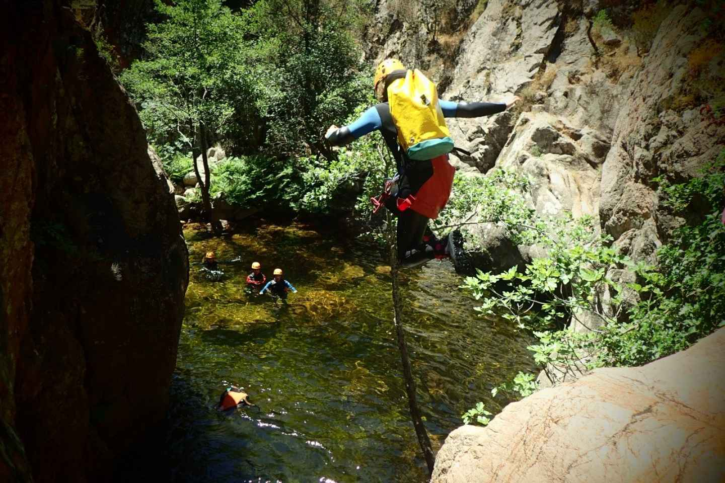 Propriano: Baracci Canyon Anfänger Canyoning Tour