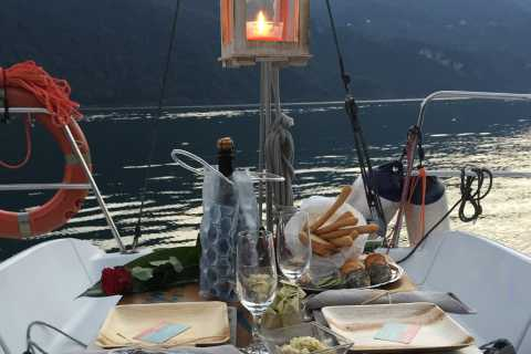 Lake Como: Romantic Sail & Sunset Experience