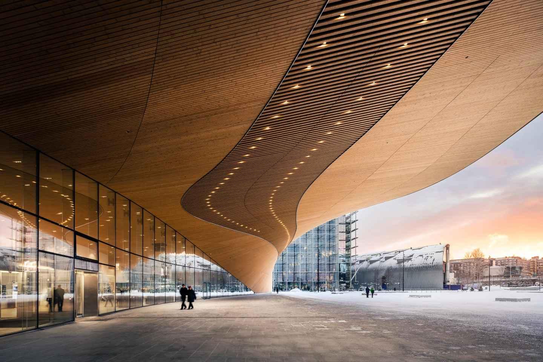Helsinki: Architekturwanderung mit Experten