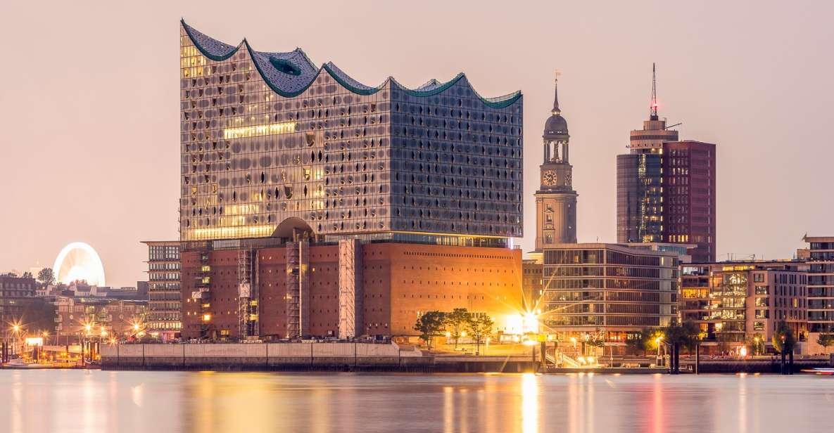 Hamburg: 1.5-Hour Evening Harbor and Speicherstadt Cruise