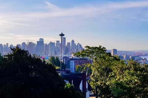 Seattle: Private Highlights Experience with a Local