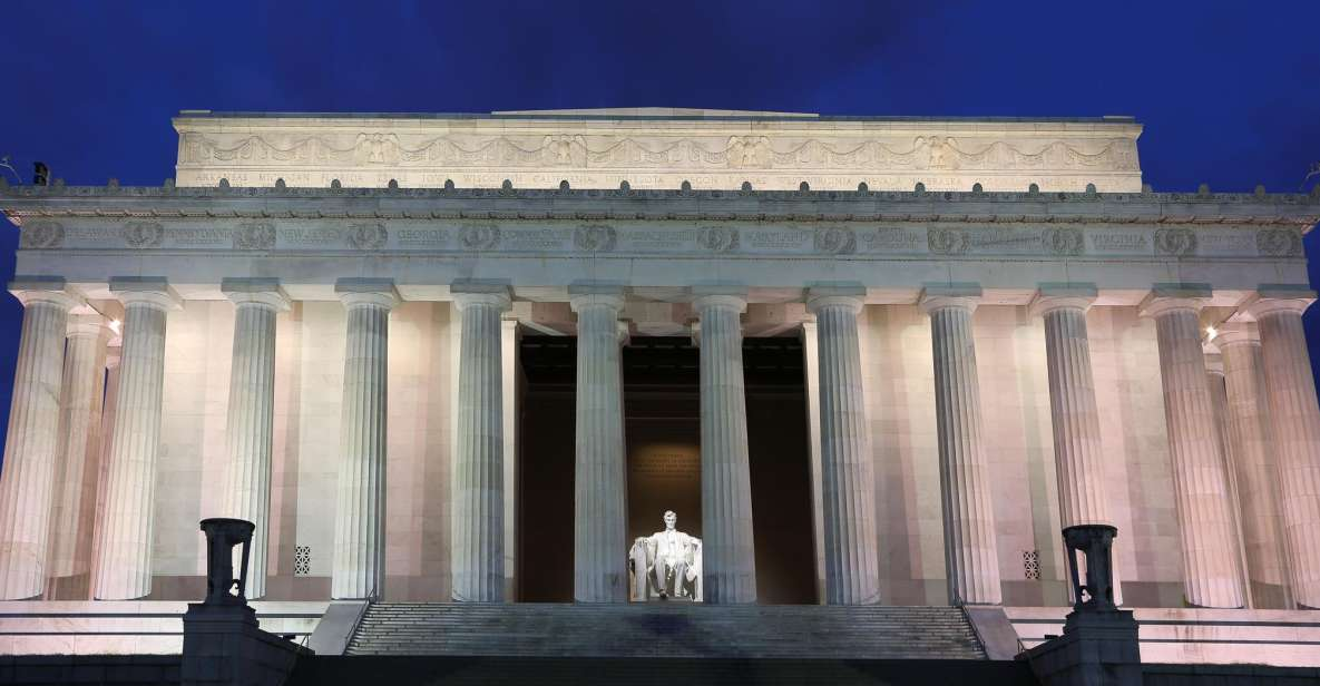 Washington DC: National Mall Night Bus Tour