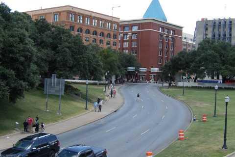 Dallas: 1 Hour JFK Assassination Highlights Tour