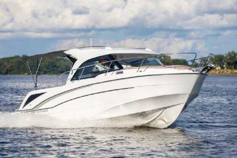 Speedboat Transfer from Hvar Town to Split Airport