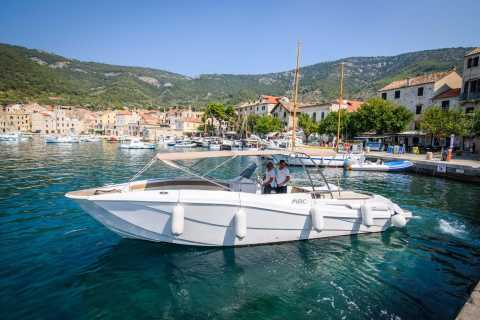 Trogir: Blue Cave and Hvar Small-Group Boat Tour