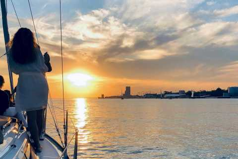 Lisbon: Tagus River Sunset Cruise on a Luxury Boat