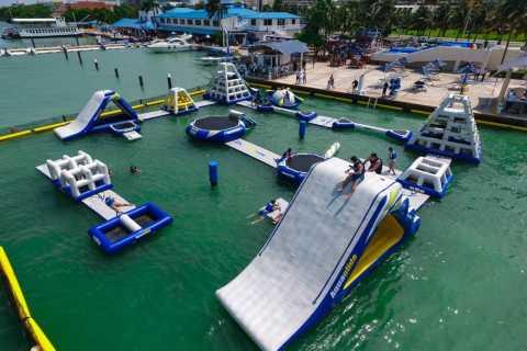 Cancun: Aquabounce Water Park