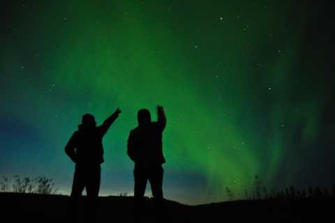 Desde Reikiavik: observación de la aurora boreal con chocolate caliente