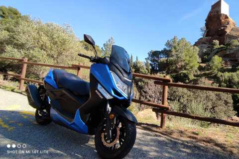 Salou: Siurana Medieval Village and Lake Motorcycle Tour