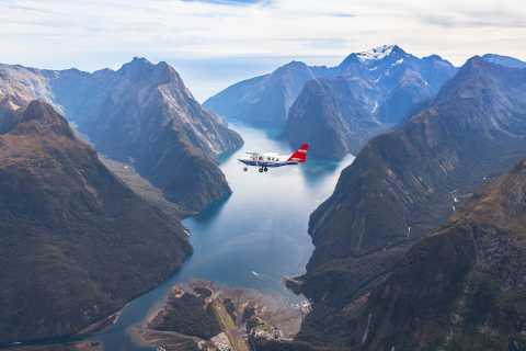 Milford Sound: 1-Hour Scenic Flight from Queenstown