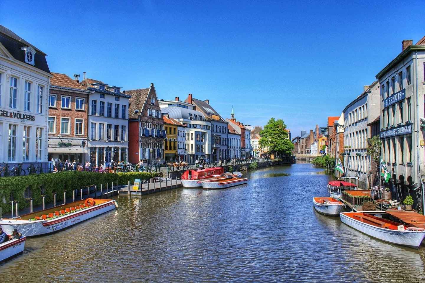 Ghent: Romantic Guided Walking Tour