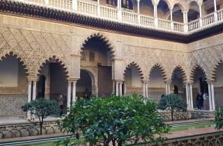 Sevilla: Alcázar, Kathedrale und Giralda Tour mit Tickets