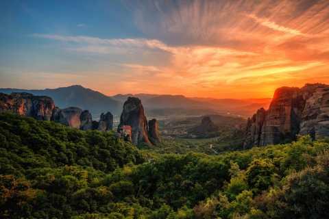 From Kalabaka: Meteora Sunset Tour