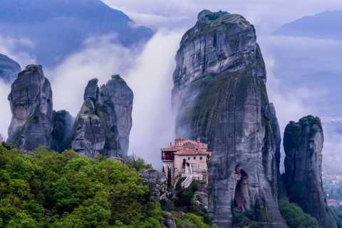 From Athens: 3-Day Rail Tour in Meteora