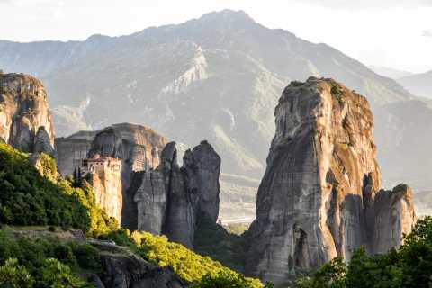 From Thessaloniki: 2 Days in Meteora with Overnight Stay