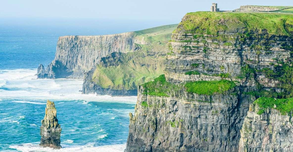 De Dublin: Cliffs of Moher - Viagem de dia inteiro com entrada no Centro de Visitantes