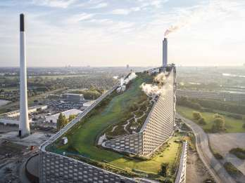 Kopenhagen: CopenHill Skipass inklusive Leihausrüstung