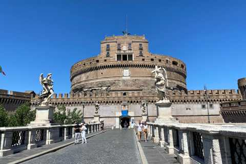 Rome: Castel Sant'Angelo Skip-the-Line Ticket with Host