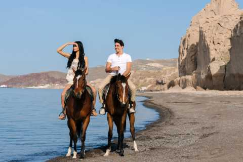 Santorini: Pferdereiten in Vulkanlandschaft